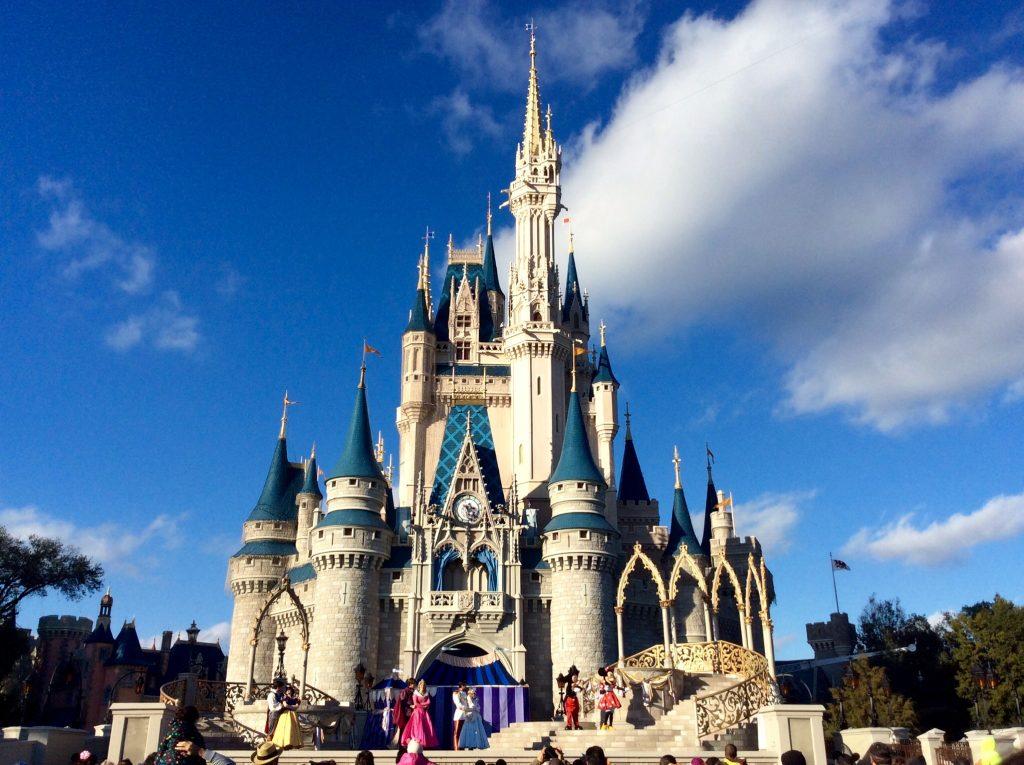 cinderella_castle_at_magic_kingdom