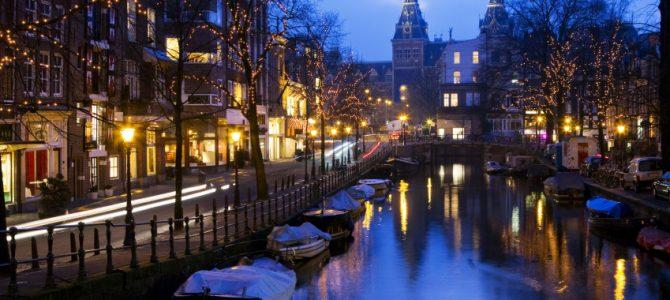 "Amsterdam apunta a turismo mas ""rico"""