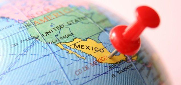Turistas colombianos disfrutan en México